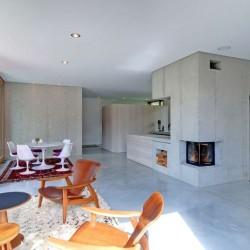 Espace pièce de vie - Rauchkuchl par VonMeierMohr Architekten - Schliersee, Allemagne