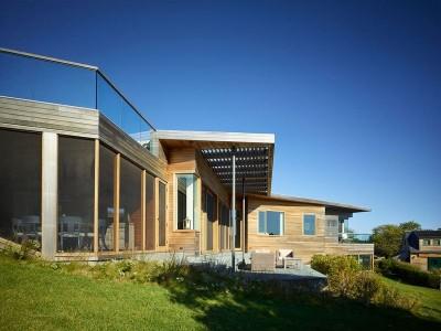 Façade jardin - Vineyard-Farm-House par Charles Rose Architects - Massachusetts, USA