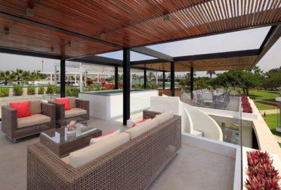 Mini salon terrasse toit - spiral-stairs-home par Jorge Marsino Prado - Pérou