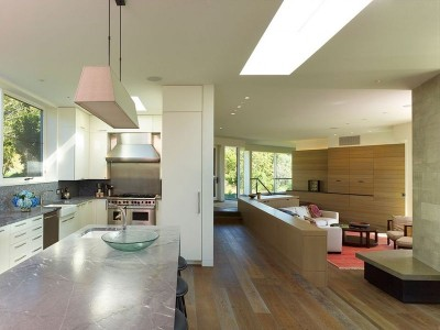 Salon & cuisine - Vineyard-Farm-House par Charles Rose Architects - Massachusetts, USA