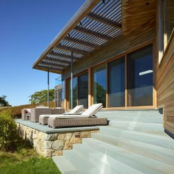 Terrasse salon design - Vineyard-Farm-House par Charles Rose Architects - Massachusetts, USA