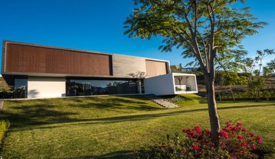 Red Oak House par Roof Arquitectos - Morelia, Mexique