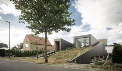 wedge-shaped-house par Architectes Oyo, Belgique
