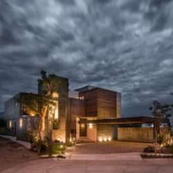 Vue d'ensemble nuit - Casa-Arbo par Maria Di Frenna Müller - Colima, Mexique
