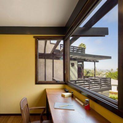 Bureau - Lopez-House par Martin Fenlon - Los Angeles, USA