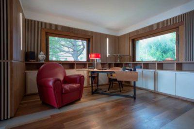 Bureau & fauteuil club cuir - Contemporary-Villa par A2CM - Ceschia Mentil - France