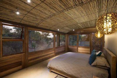 Chambre principale & plafond en natte traditionnelle - House-Mouton par Earthworld Architects - Pretoria, Afrique du Sud