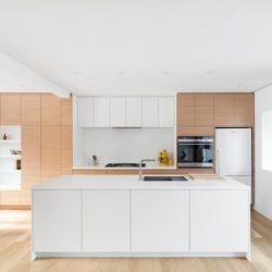 Cuisine - Residence Hotel-de-Ville par Architecture Microclimat - Montreal - Canada_06