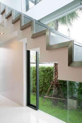 Escalier accès étage - chokchai-4-house par Archimontage Design - Bangkok, Thailande
