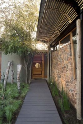 Façade entrée - House-Mouton par Earthworld Architects - Pretoria, Afrique du Sud