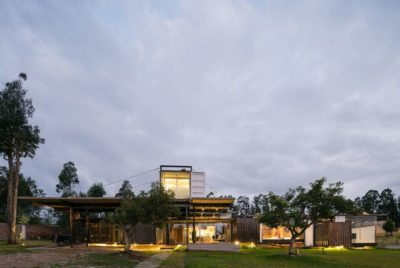 Façade jardin - RDP-House par Daniel Moreno Flores pichincha, Equateur