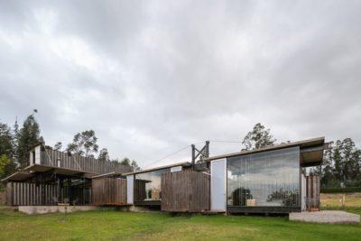 Façade jardin & grande baie vitrée - RDP-House par Daniel Moreno Flores pichincha, Equateur
