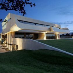 Façade jardin nuit - Designs-Sculptural par A-Cero - Madrid, Espagne