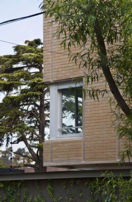 Façade mur en briques - House-Martinez par m-sg-s-s-s - Martínez, Argentine