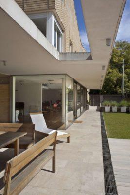 Façade terrasse - House-Martinez par m-sg-s-s-s - Martínez, Argentine