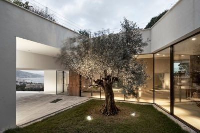 Mini jardin intérieur - Contemporary-Villa par A2CM - Ceschia Mentil - France