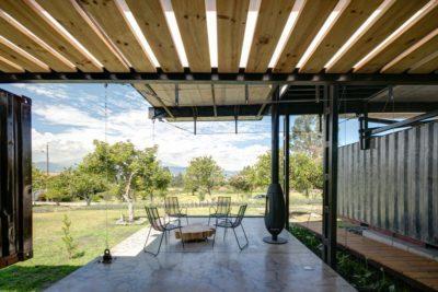 Mini séjour extérieur & cheminée design - RDP-House par Daniel Moreno Flores pichincha, Equateur