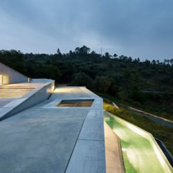 Ouvertures toit - Contemporary-Rural-Home par Camarim Arquitectos - Gateira, Portugal