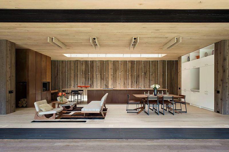 Pièce de vie & plafond en bois - Elizabeth-II par Bates Masi New York, USA