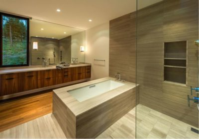 Salle de bains - Martis Camp par Blaze Makoid - Californie, USA