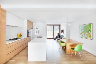 Salle séjour & cuisine - Residence Hotel-de-Ville par Architecture Microclimat - Montreal - Canada_07