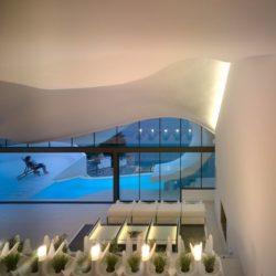 Salon - Casa-del-Ancantilado par Gilbartolome Architects - Salobrena, Espagne