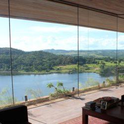 Salon & vue paysage - Gota-Dam-Residence par Sforza Seilern - Afrique-Est