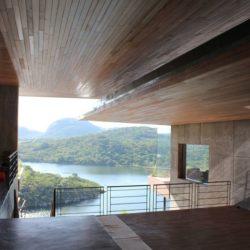 Vaste balcon avec vue panoramique - Gota-Dam-Residence par Sforza Seilern - Afrique-Est