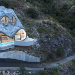 Vue d'ensemble - Casa-del-Ancantilado par Gilbartolome Architects - Salobrena, Espagne