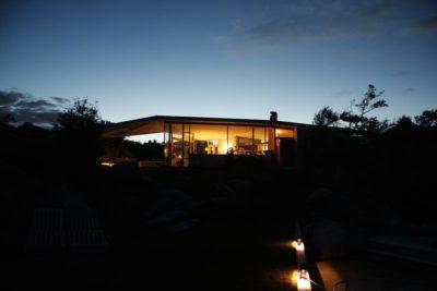 Vue d'ensemble nuit - Lyngholmen par Lund Hagem - Lillesand, Norvege
