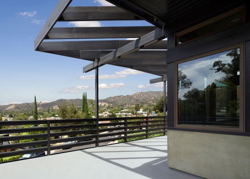 balcon étage & vue panoramique paysage - Lopez-House par Martin Fenlon - Los Angeles, USA