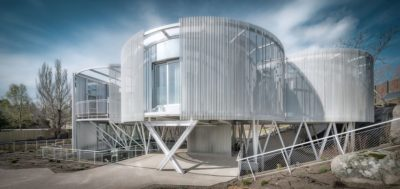 une-Tobogan-House-Z4Z4-AAA