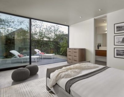 Chambre & grande baie vitrée - Laidley-Street-Residence par Michael Hennessey - San Francisco, USA