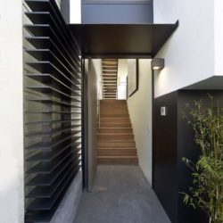 Couloir accès escalier - Laidley-Street-Residence par Michael Hennessey - San Francisco, USA