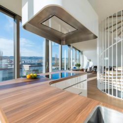 Cuisine & grande baie vitrée - Flexhouse par Evolution Design - Meilen, Suisse