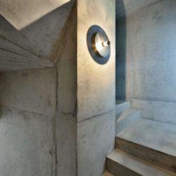 Escalier gris - House-Lendenmann par L3P Architekten - Regensberg, Suisse