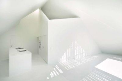 Espace blanc lavabo - House-Lendenmann par L3P Architekten - Regensberg, Suisse
