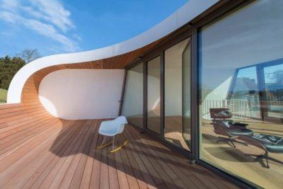 Façade bois terrasse - Flexhouse par Evolution Design - Meilen, Suisse