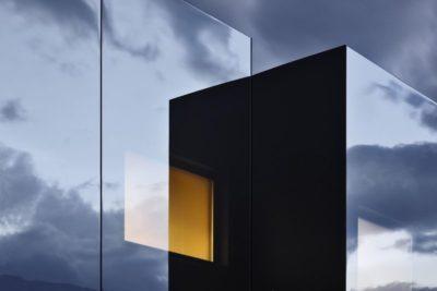 Façade mirroir extérieurre - Mirror-Houses par Peter Pichler - Bolzano, Italie