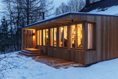 Grande baies vitrées illuminées - House-Tarusa par Project905 - Tarusa, Russie