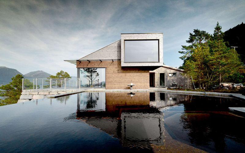 Mini lac artificiel - Cabin-Straumsnes par Rever Og Drage Arkitekter - Tingvollvagen, Norvege