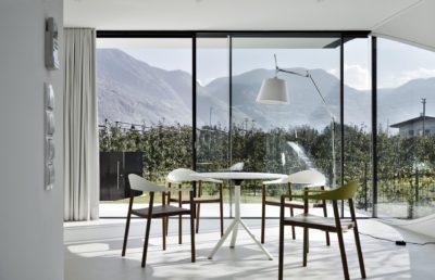 Salle séjour- Mirror-Houses par Peter Pichler - Bolzano, Italie