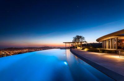 Vaste piscine & vue imprenable ville   - California-home  par nma-architects - Californie, USA