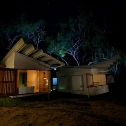 Vue d'ensemble nuit - Drew-House par Anthill Constructions - Queensland, Australie