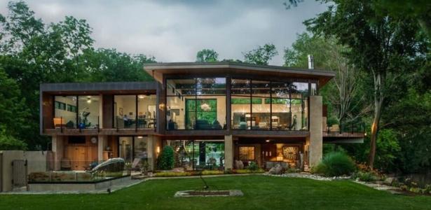 Charmante maison contemporaine tr s ouverte sur la nature for Maison moderne nature