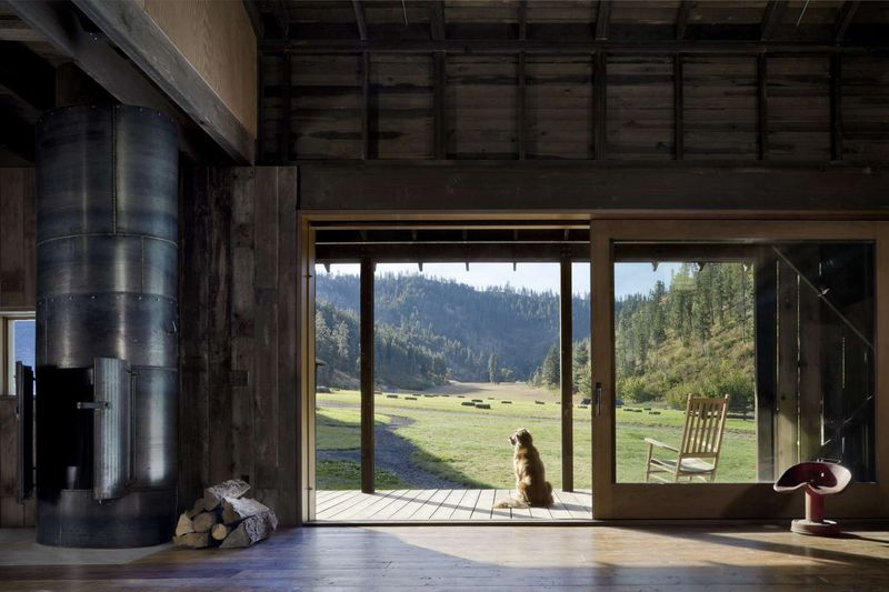 Entrée pièce principale - Rural-Barn par MW Works - Leavenworth, USA