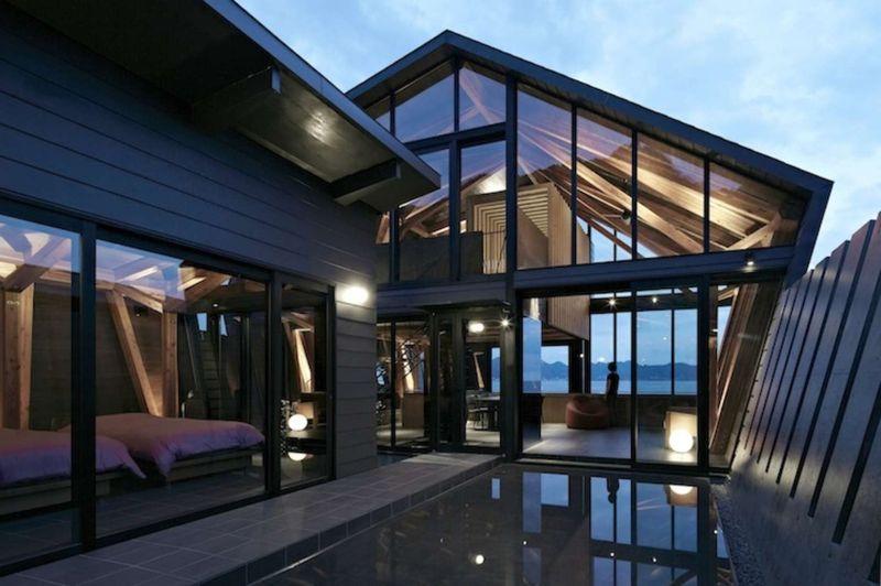 Cours d'eau jardin-vue chambre & façade vitrée - Villa-SSK par Takeshi Hirobe - Chiba, Japon