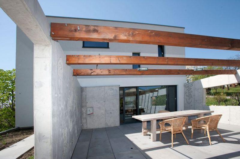 Terrasse salon toit & baie vitrée coulissante - Villa-Inga par par Sebo Lichy - Bratislava, Slovaquie