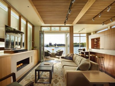 Salon & écran TV - Floating-Home par Vandeventer-Carlander - Seattle, USA
