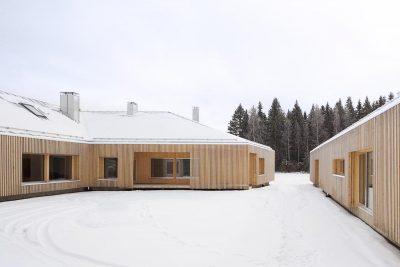 maison-en-bois-Finlande-Oopeaa